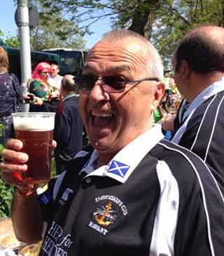 Cheers - happy customer at the Ex Servicemens Club